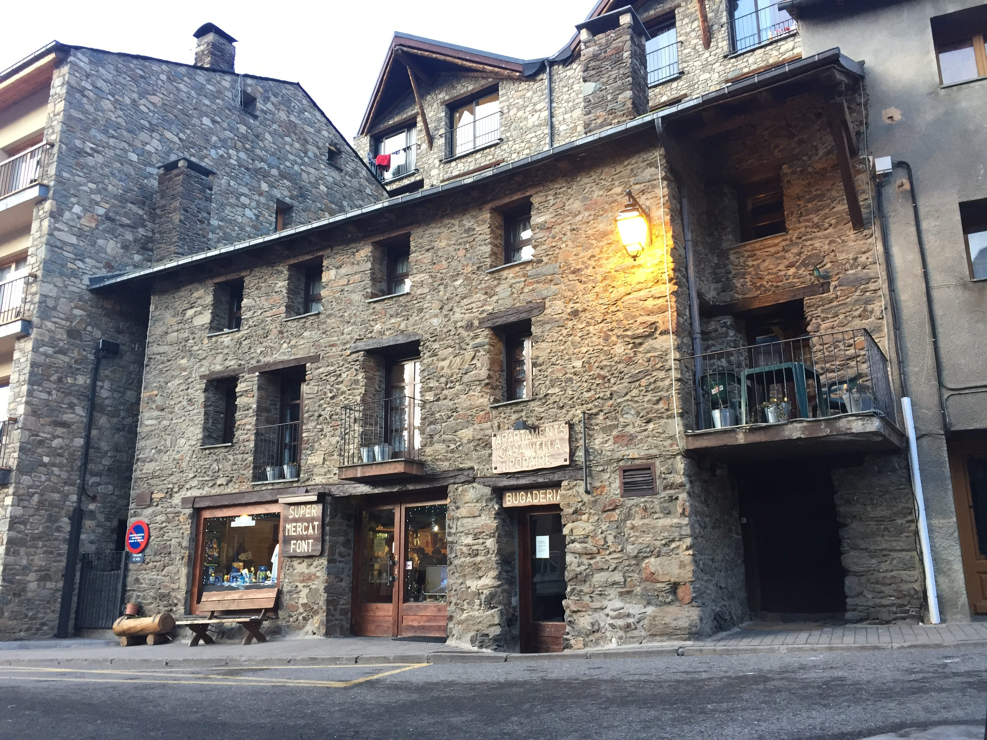 Chalet Font, Supermercat Font, Soldeu, Andorra